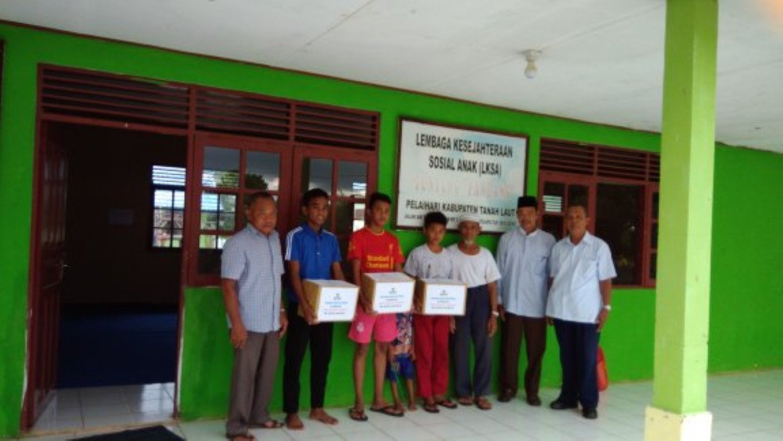 Bantuan Paket Sekolah Untuk Anak Panti Asuhan
